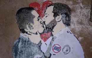 di maio salvini bacio