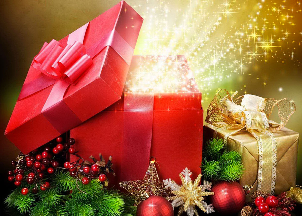 Al via lo shopping di Natale 2020: i regali si tingono di rosa